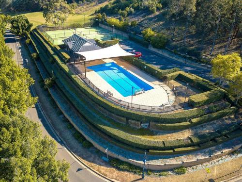 Macquarie Links Estatelandscape maintenance