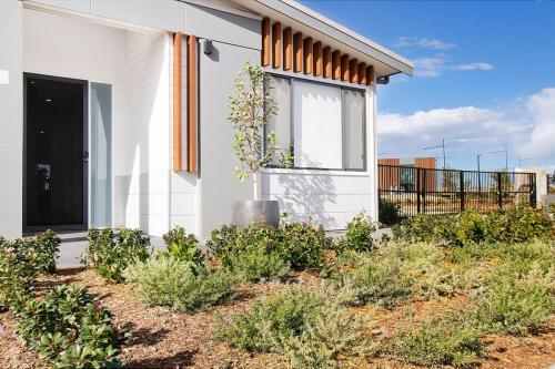 Stocklands-Aspire-house-garden